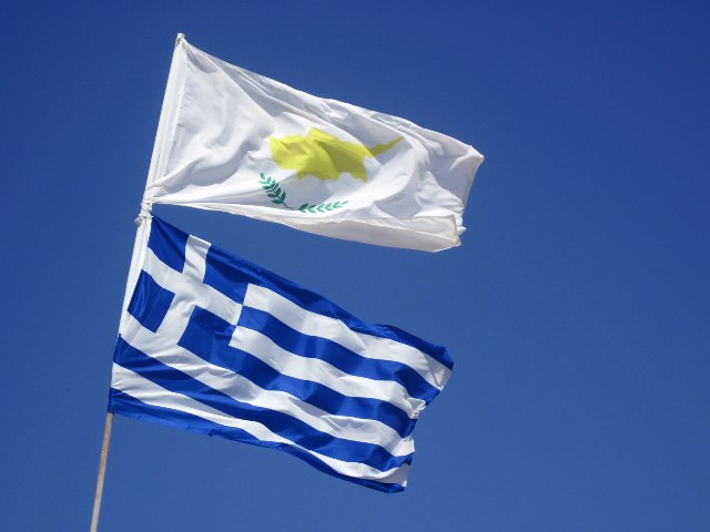Torrid August ahead: Greek shipowners to escape Syriza and